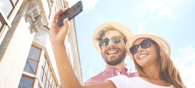 Ma doviamo fare le Vacanze o aggiustare i Denti?! Vacanze e Sorriso, Turismo Dentale in Albania, Viaggi e Sorridi in Albania - Dental Care Albania